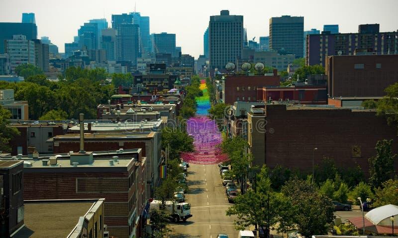 Festival di gay pride sulla via di st-catherine a Montreal, Canada immagini stock libere da diritti
