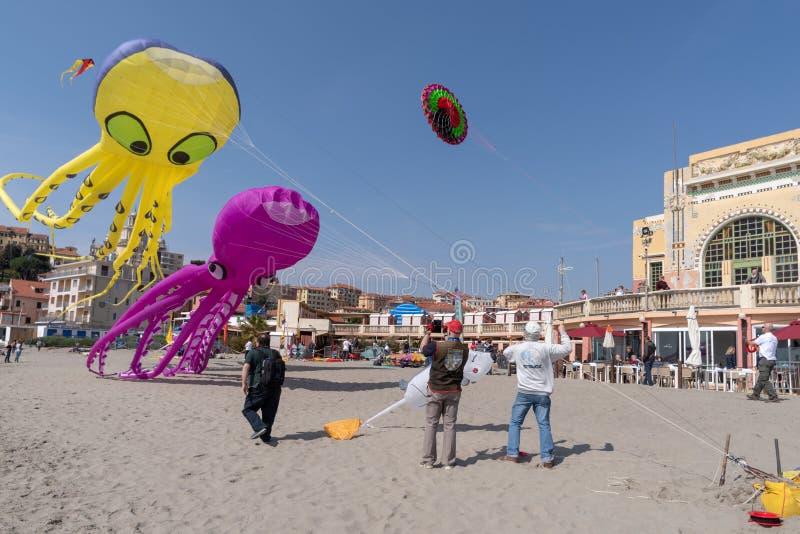 Festival do papagaio, Imperia, Italy fotografia de stock