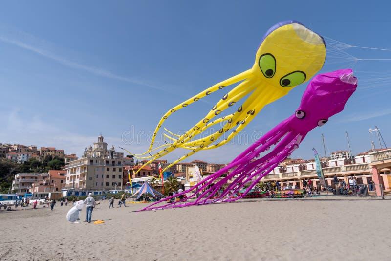 Festival do papagaio, Imperia, Italy foto de stock