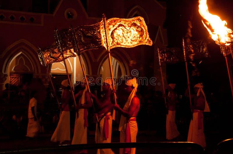Download Festival Esala Perahera In Kandy Auf Sri Lanka Redaktionelles Stockbild - Bild von zahn, viele: 96926549