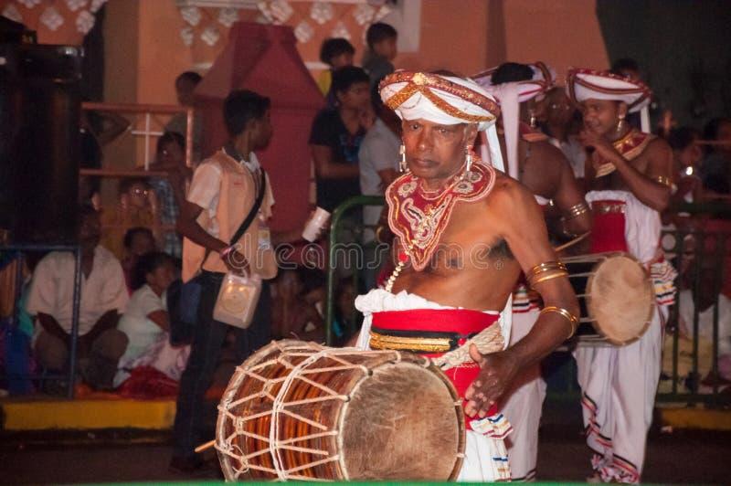 Download Festival Esala Perahera In Kandy Auf Sri Lanka Redaktionelles Stockbild - Bild von zahn, gekommen: 96926559