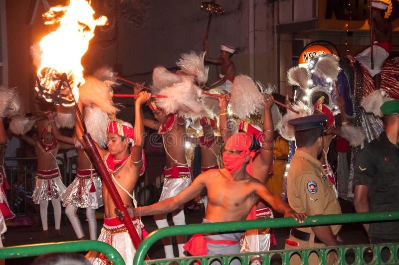 Download Festival Esala Perahera In Kandy Auf Sri Lanka Redaktionelles Stockfotografie - Bild von feier, elefanten: 96926947
