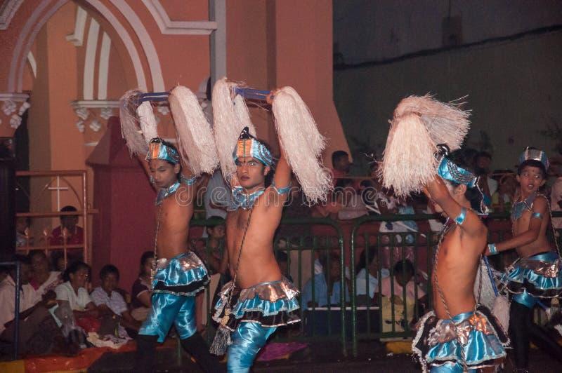 Download Festival Esala Perahera In Kandy Auf Sri Lanka Redaktionelles Foto - Bild von gekommen, kostüme: 96927506