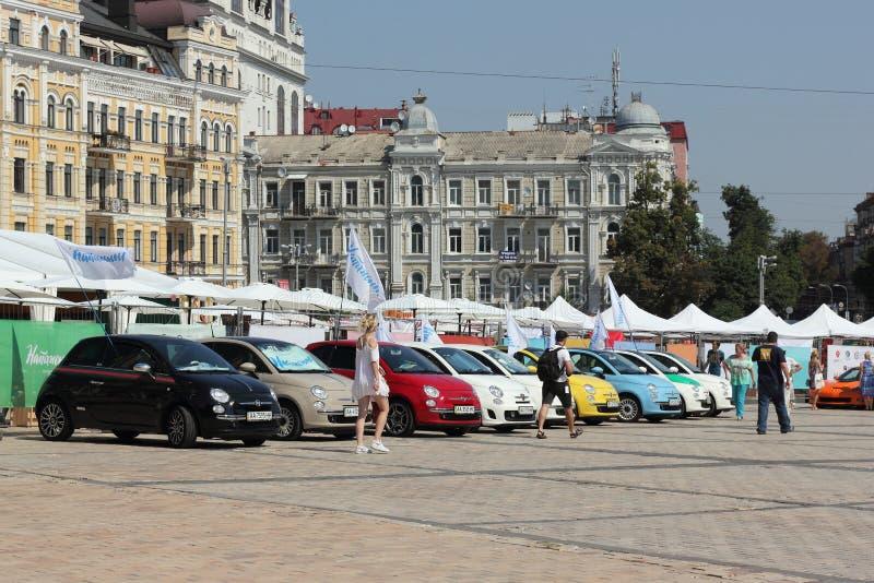 Festival in het stadscentrum stock afbeeldingen