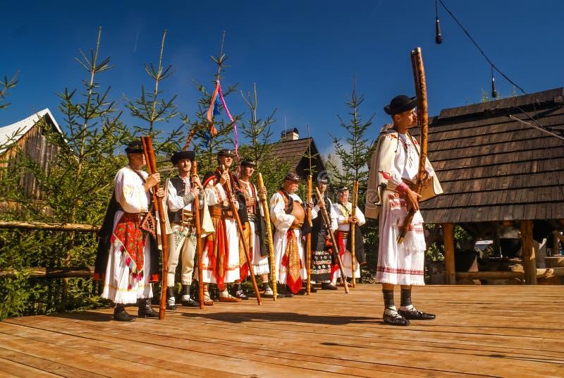 Festival i ÄŒiÄ  många i Slovakien royaltyfria bilder