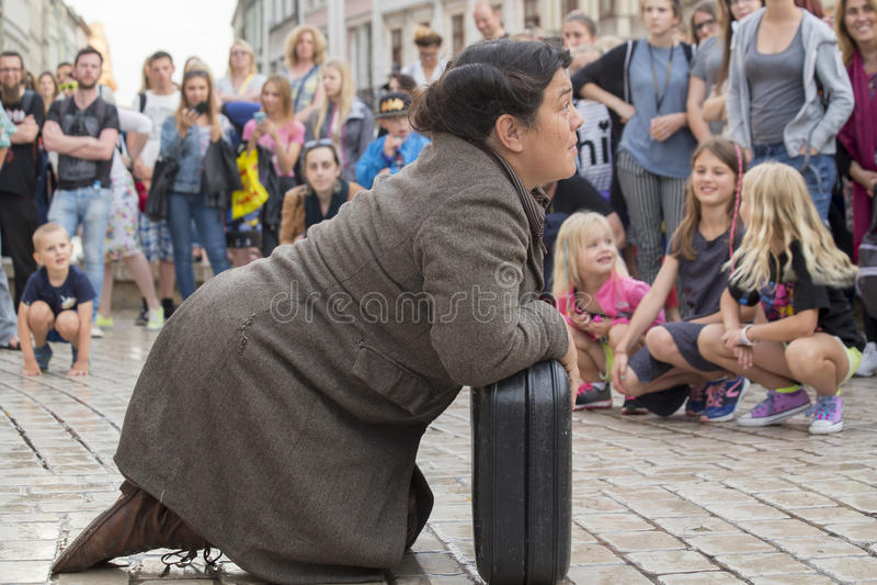 Festival internacional de los teatros ULICA de la calle en Cracow_Kamchatka, España fotos de archivo