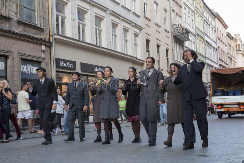 Festival internacional de los teatros ULICA de la calle en Cracow_Kamchatka, España foto de archivo libre de regalías