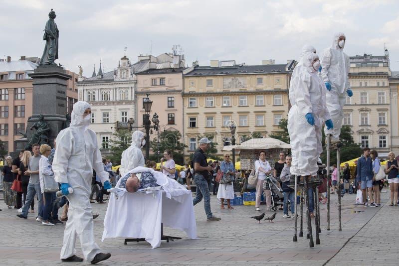 Festival internacional de los teatros ULICA de la calle en Cracow_Opening fotografía de archivo libre de regalías