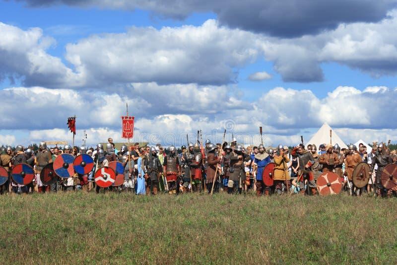 Festival militar medieval Voinovo poste (el campo de los guerreros) imagen de archivo libre de regalías
