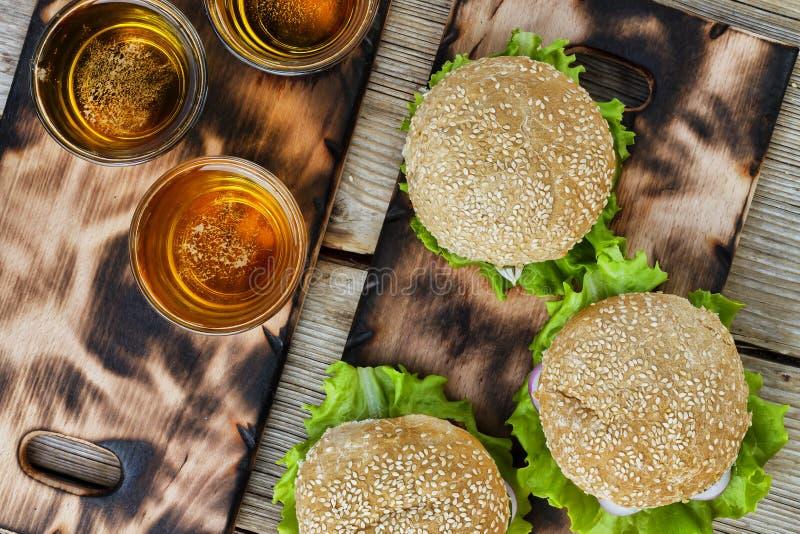 Festival Oktoberfest, festival da cerveja, festival do fast food, B foto de stock