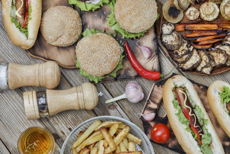 Festival Oktoberfest, festival da cerveja, festival do fast food, B imagem de stock
