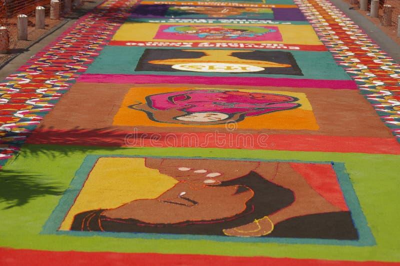 Festival religieux Honduras 2018 de tapis traditionnel de sciure images libres de droits