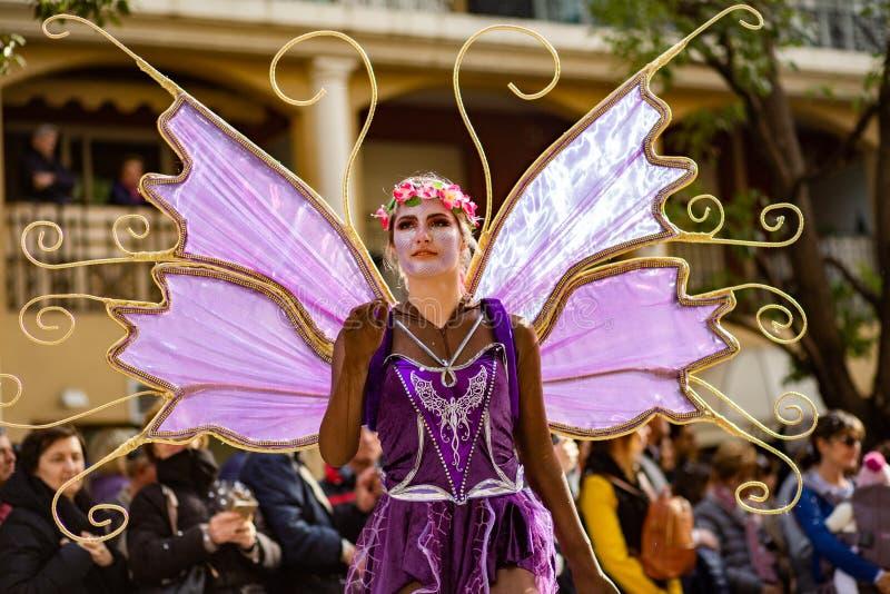 Festival 2019, rue Carnaval, thème fantastique des mondes, portrait de citron de Menton d'artiste photos stock