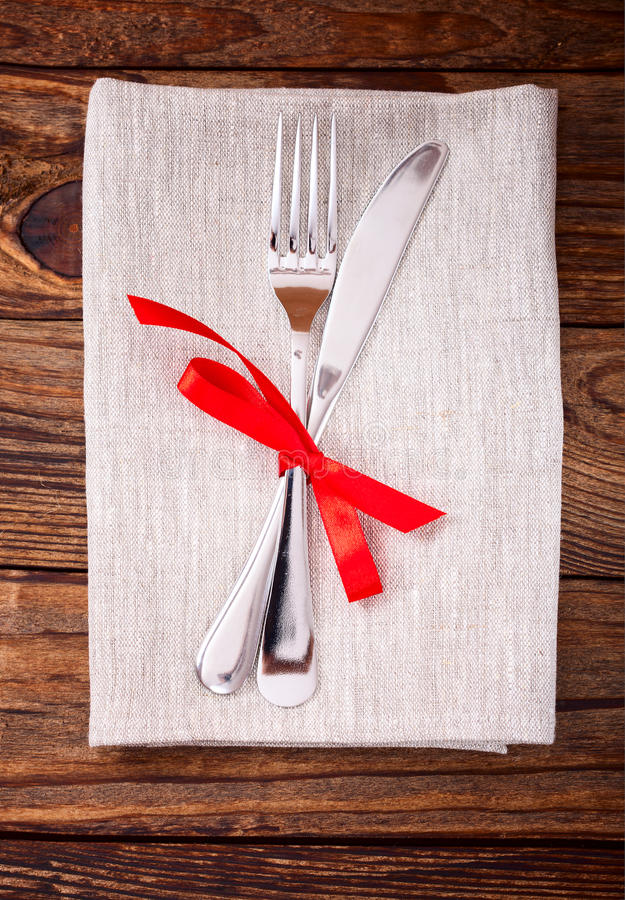 Download Festive Table Setting Royalty Free Stock Image - Image: 35201436