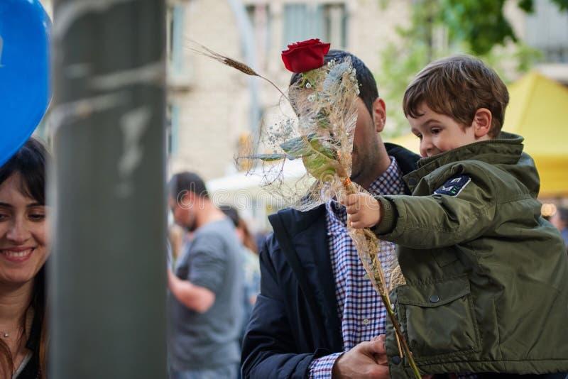 Festivit? del san Jordi, santo patrono della Catalogna fotografia stock libera da diritti