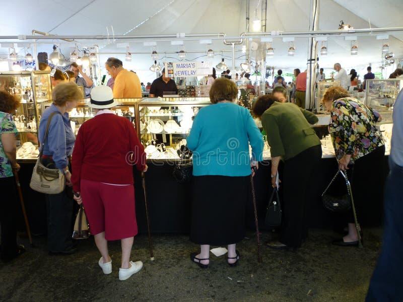 festiwalu biżuterii zakupy zdjęcie royalty free