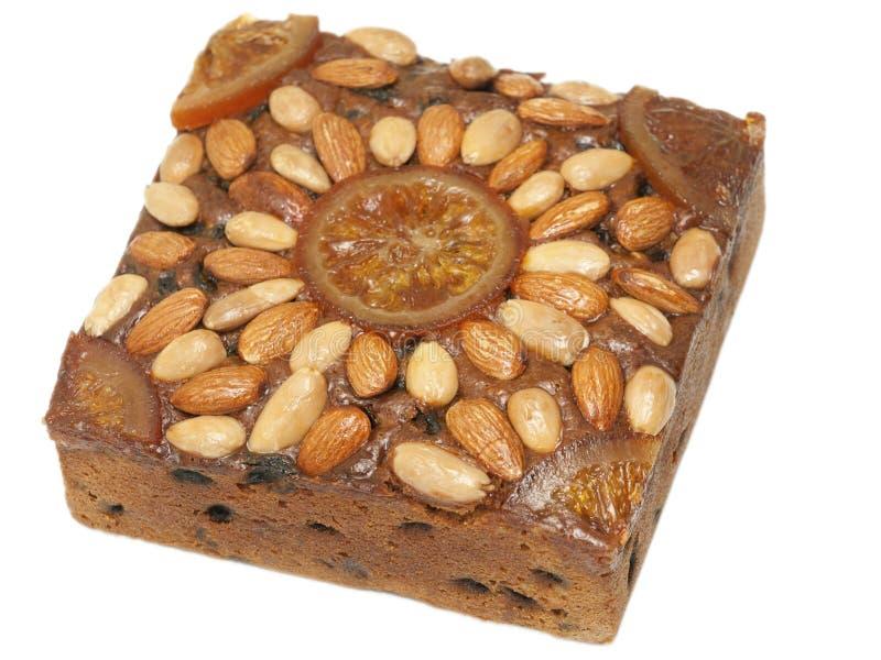 Festliche Festlichkeit - Dundee-Kuchen gegen Weiß lizenzfreie stockfotografie