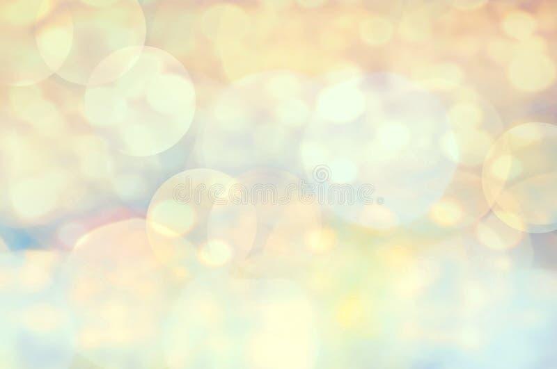 Festlicher eleganter abstrakter Hintergrund mit bokeh defocused Goldenem stockbild