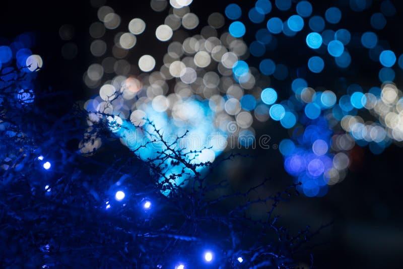 Festliga utomhus- ljus royaltyfria foton