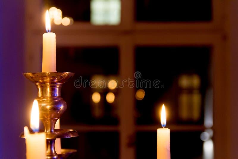 Festligt stearinljusljus arkivbild