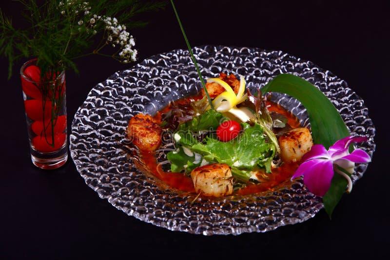 Festons grillés avec de la sauce à teriyaki photos stock