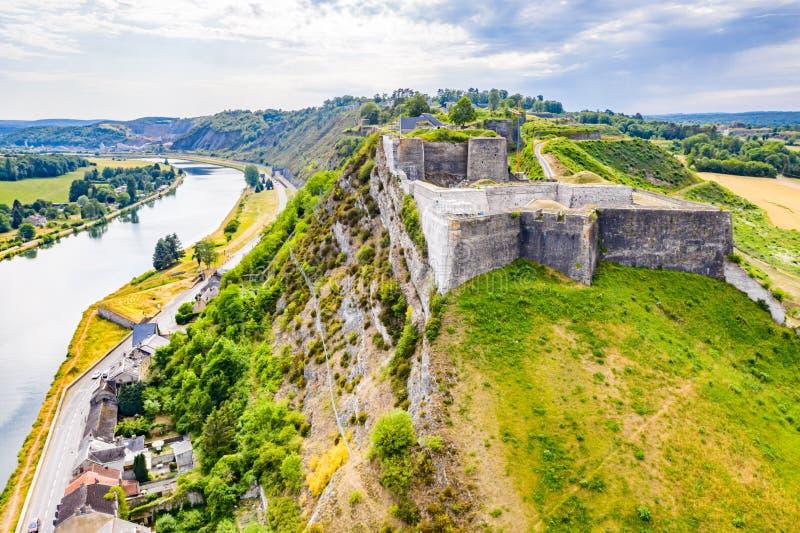 Festung von Charlemont, Givet-Stadt, nahe belgischer Grenze, die Maas verbiegt zitadelle Die Ardennen, Frankreich stockbilder