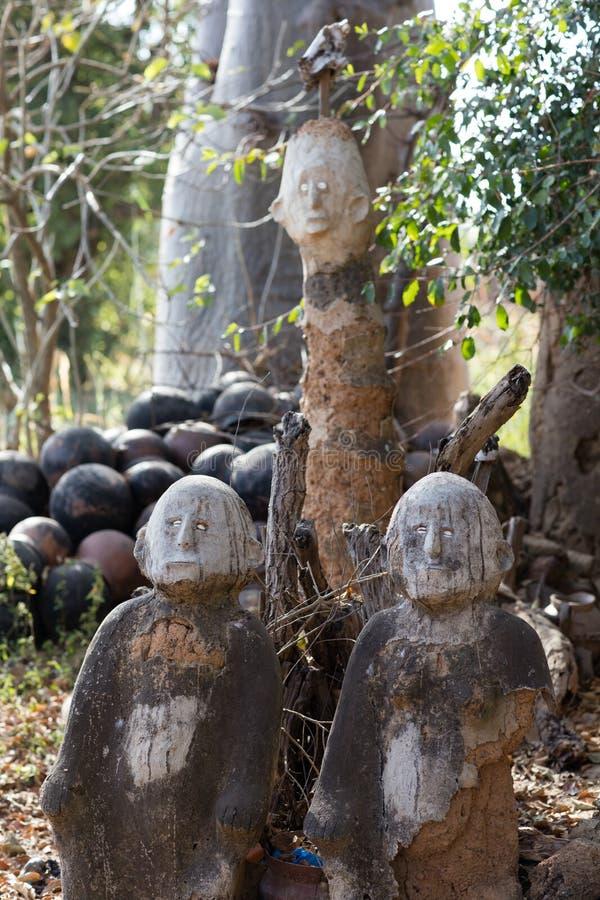 Fetisch in Lobi-Dorf, Burkina Faso stockbilder