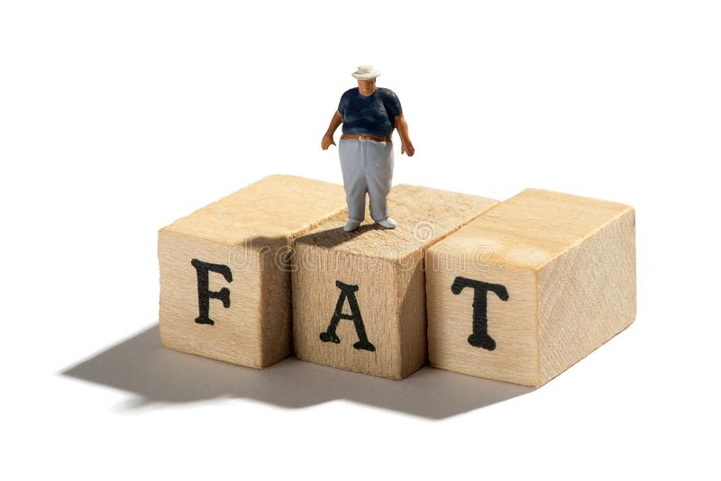 Fett, Korpulenz und überladenes Konzept mit fettem Jungen lizenzfreies stockbild