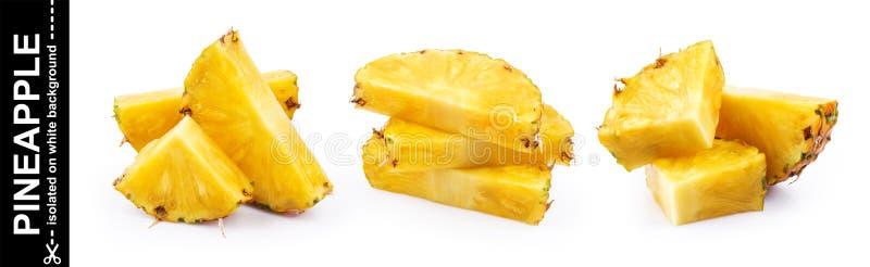Fette dell'ananas isolate su priorità bassa bianca immagine stock