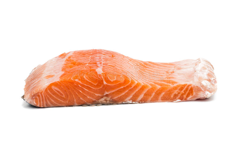 Fette rosse crude fresche del filetto di pesce immagine stock libera da diritti