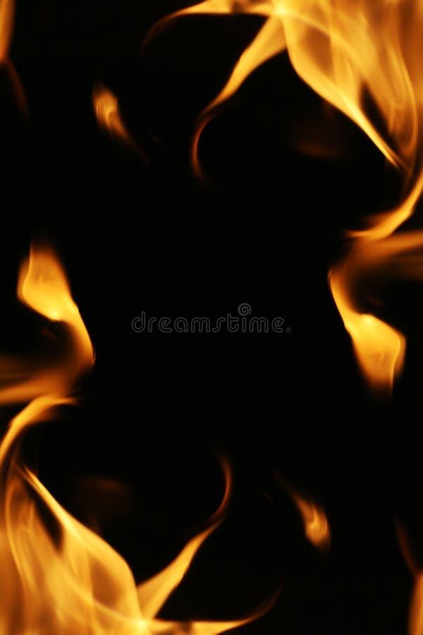Feuer flammt Feld lizenzfreie stockfotografie
