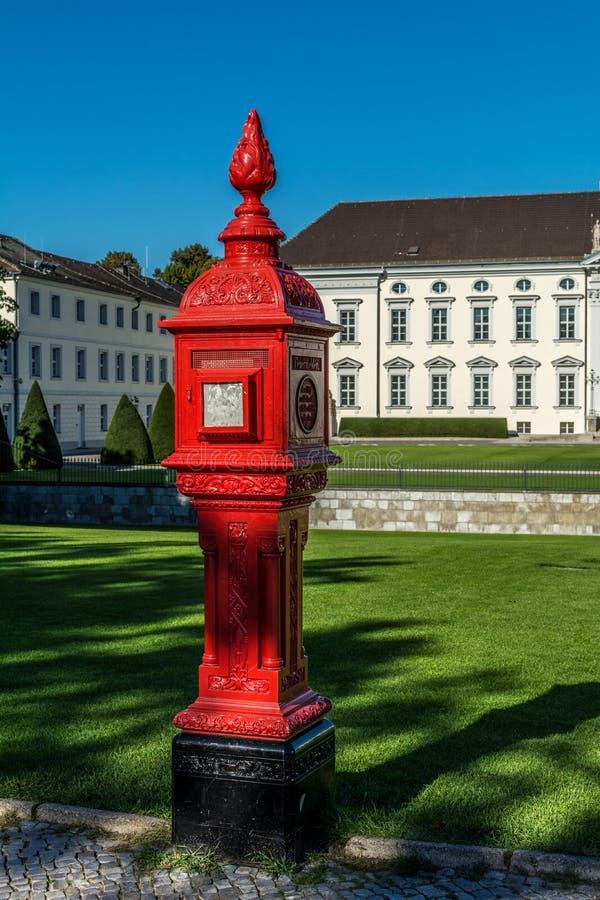 Feuer Hidrant Bellevue-Schloss Berlin lizenzfreies stockbild