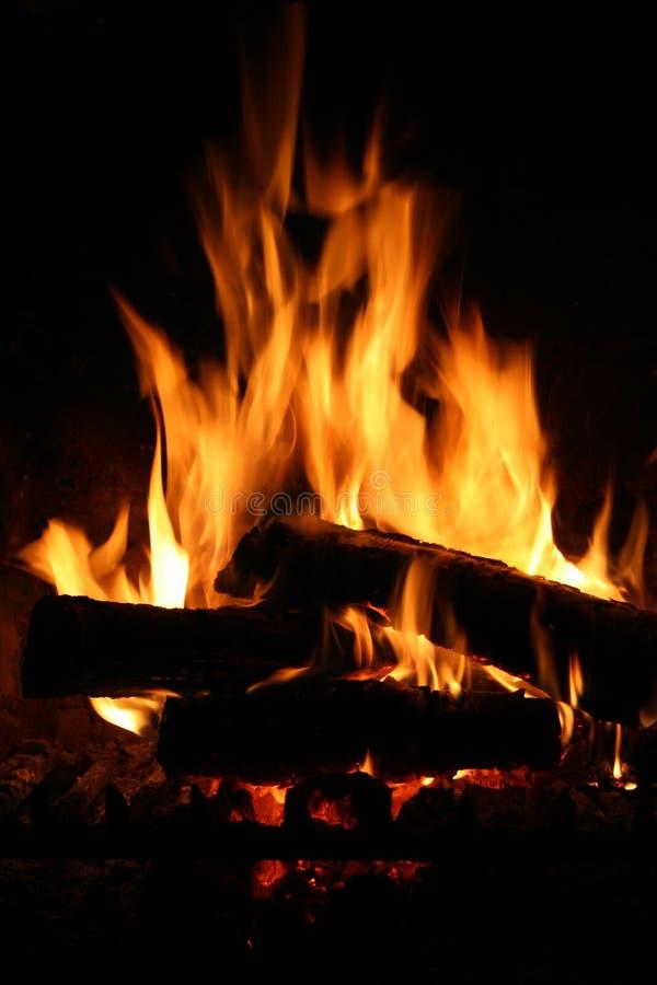 Feuer im Kamin stockfoto