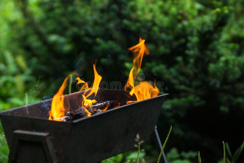 Feuer im Messingarbeiter lizenzfreies stockbild
