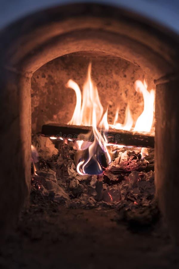 Feuer im Ofen, Innenansicht stockbild