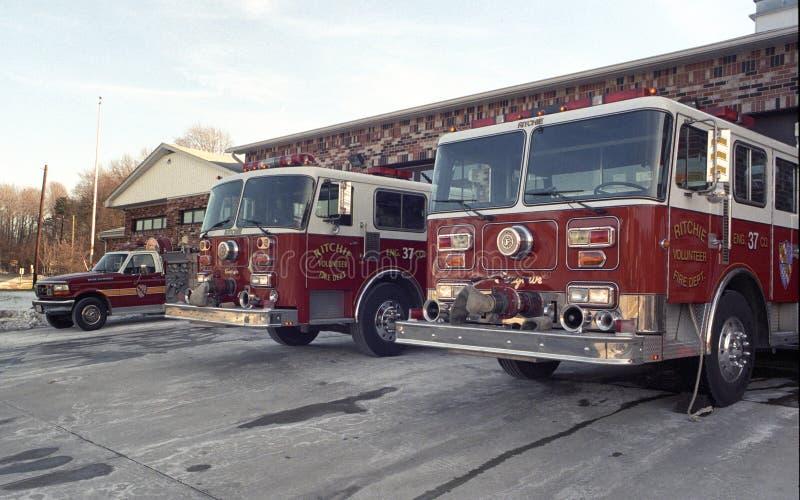 Feuer t rucks auf der Rampe Ritchie Volunteer Fire Departments lizenzfreies stockfoto