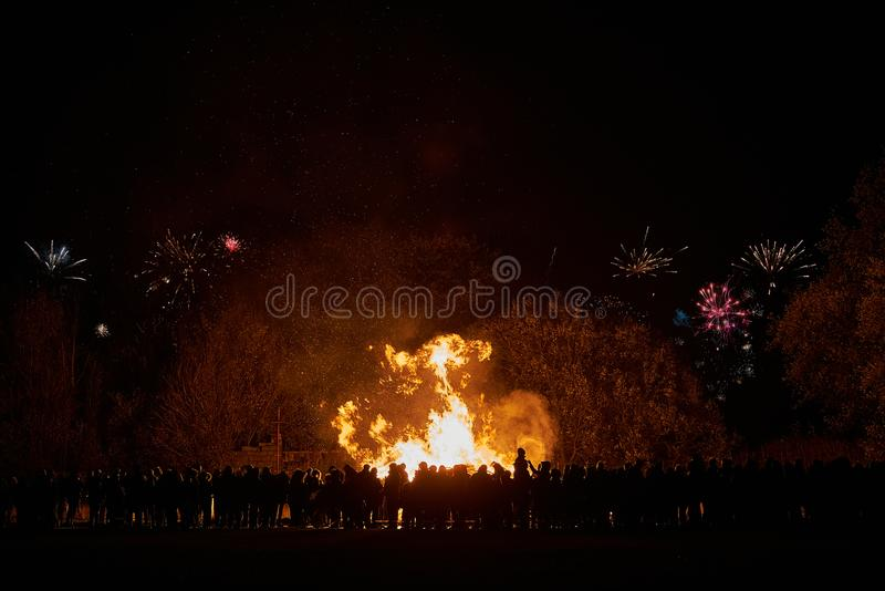 Feuer und Feuerwerke stockbilder