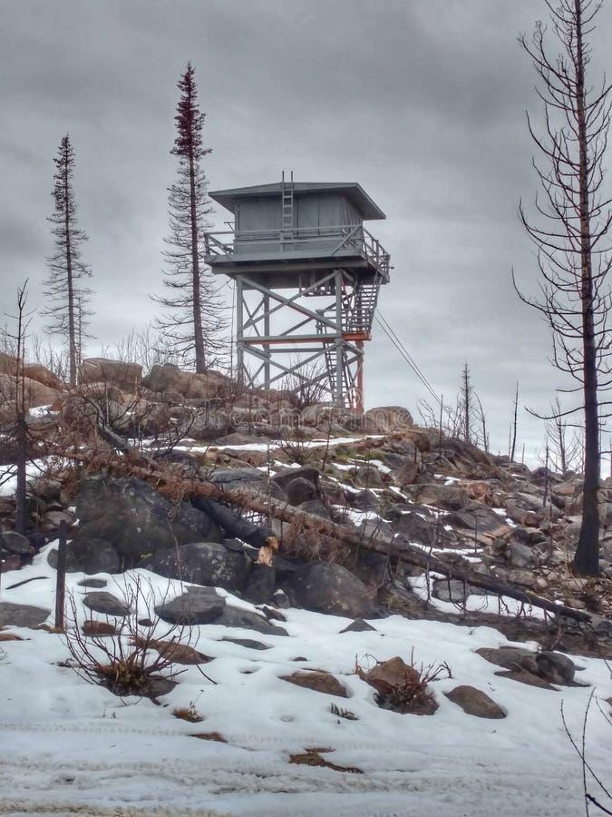 Download Feuerausblickturm stockbild. Bild von ausblick, aufsatz - 90235981