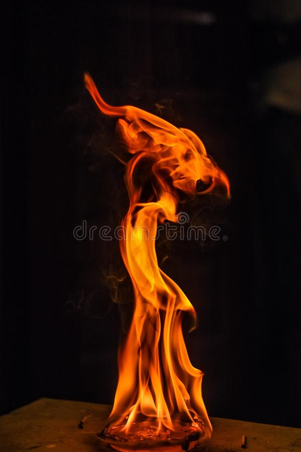 Feuerfeuer lizenzfreies stockfoto