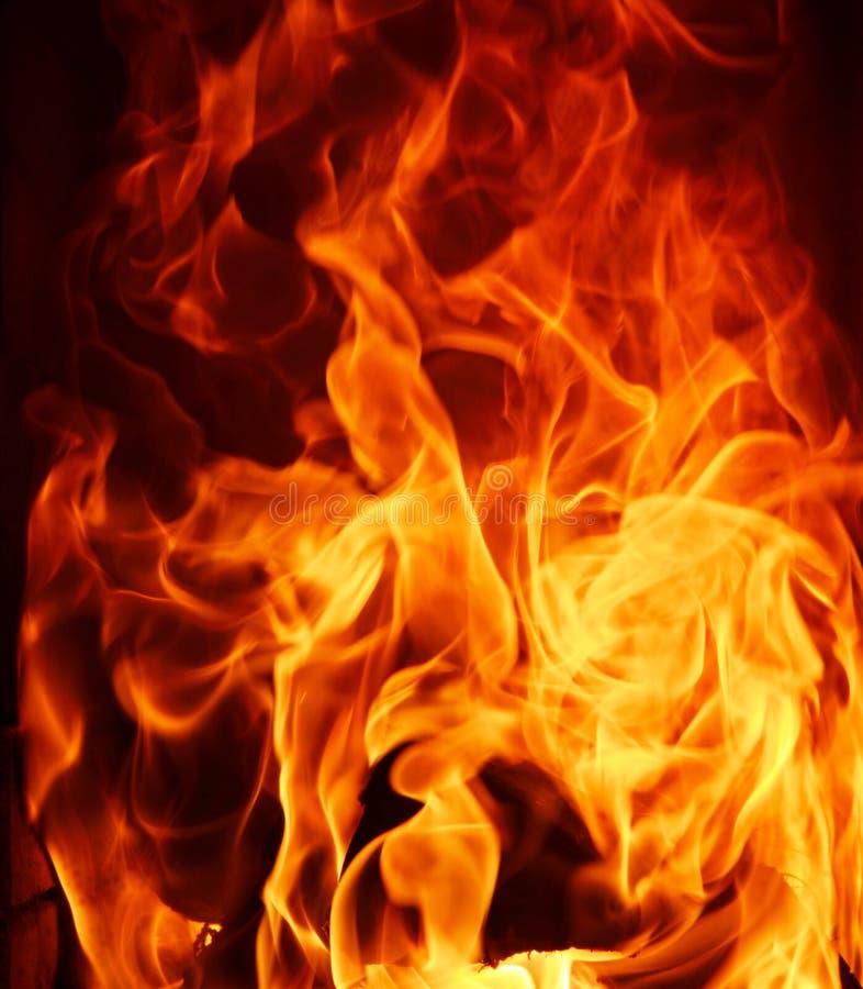 Feuerflammenabschluß oben auf schwarzem Hintergrund lizenzfreies stockfoto