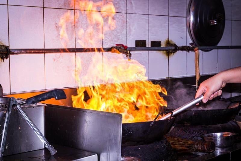 Feuerkochen lizenzfreies stockfoto
