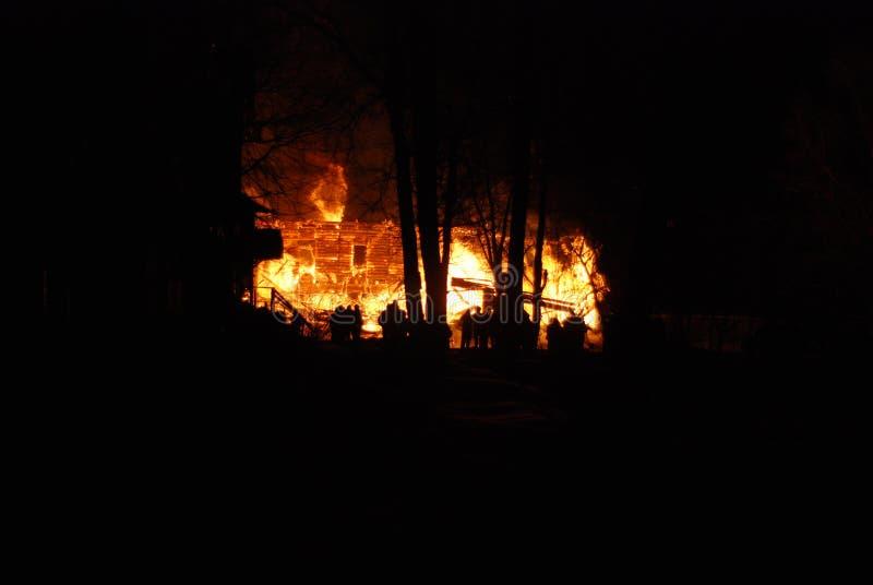 Feuersbrunst/Brennen/Feuerwehrmänner/Feuer, Leute auf Feuer lizenzfreies stockfoto