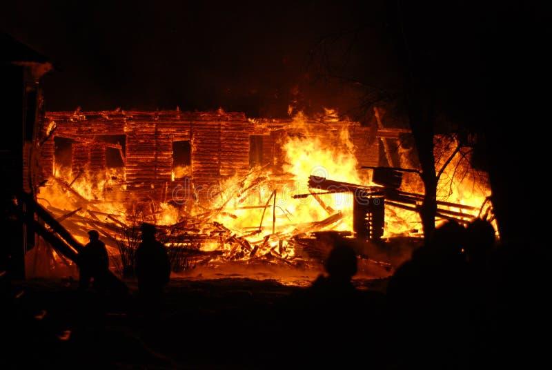 Feuersbrunst/Brennen/Feuerwehrmänner /fire, Leute auf Feuer lizenzfreies stockbild