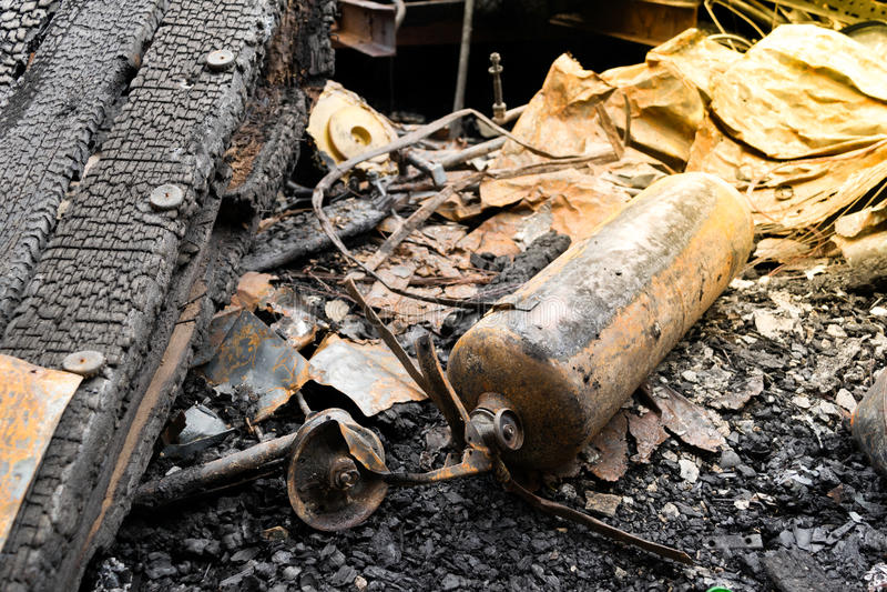 Feuersbrunst durch Feuer beschädigt lizenzfreies stockfoto