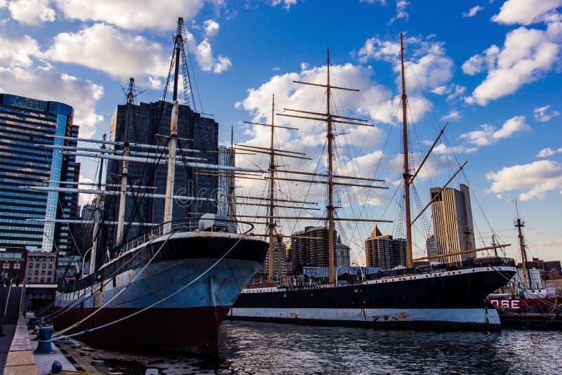 Feuerschiff Ambrose Lower Manhattan an Pier 16, New York Vereinigte Staaten stockfotos
