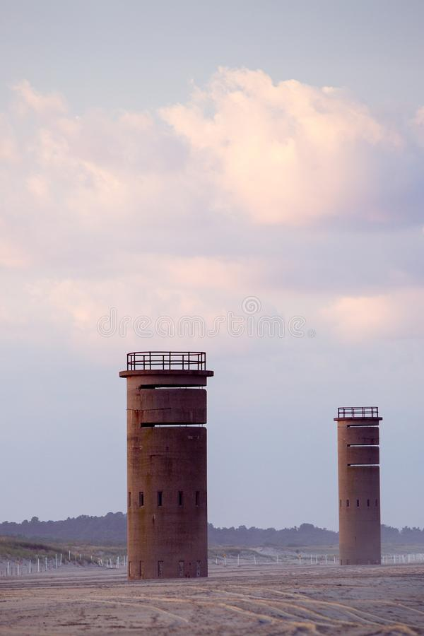 Feuertürme WWII-Blickes heraus lizenzfreies stockbild
