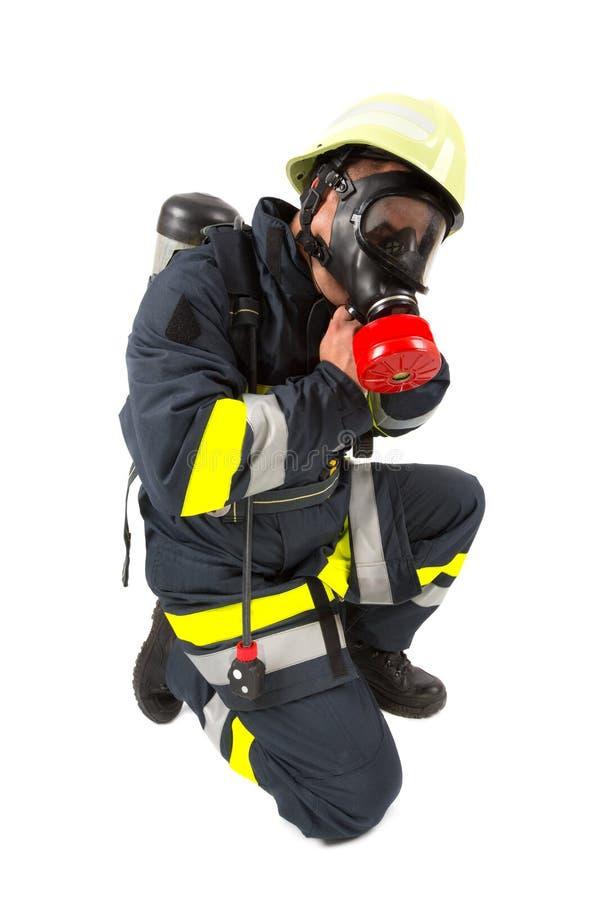 Feuerwehrmann in der Uniform lokalisiert stockfoto