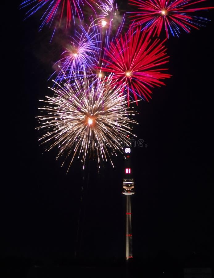 Feuerwerk in Wien no.1 lizenzfreie stockbilder