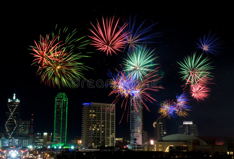 Feuerwerke - Dallas Texas lizenzfreie stockfotos