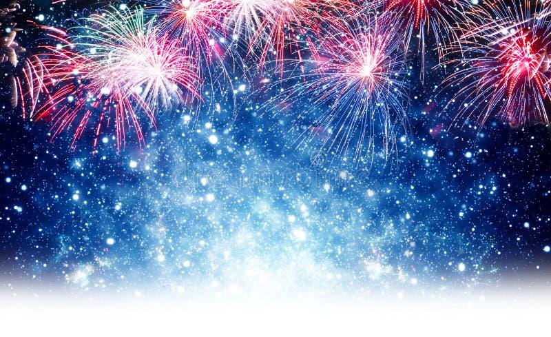 Feuerwerke, Hintergrund für neues Jahr lizenzfreies stockbild